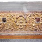 """Cassone"", Hochzeitstruhe der Renaissance, Florenz 15./16. Jh., Schätzpreis:4.000 - 4.500 EUR"
