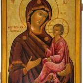 Monumentale Ikone mit der Gottesmutter von Tichwin (Tichwinskaja) Russland, Anfang 19. Jh. Nadelholztafel mit zwei Rückseiten-Sponki. Schätzpreis:9.000 - 11.000 EUR