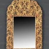Prunkspiegel Holz, vergoldet, teilw. farbig gefasst, reich geschnitztes u. durchbr. Akanthusblatt- u. Blumendekor, 210 x 124 cm, Barock, 18. Jh.  Mindestpreis:2.500 EUR