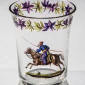 Seltener Becher mit Kosake Gottlob Mohn (zugeschr. ), Dresden, um 1820 Farbloses Glas.  Schätzpreis:5.000 - 7.000 EUR