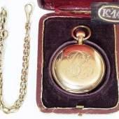 Taschenuhr an Uhrenkette. Taschenuhr mit Staubdeckel, punciert 14 kt., num. 76515.  Mindestpreis:1.100 EUR