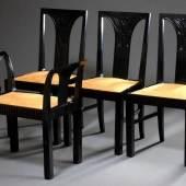 4 Teile Josef Margold (1889-1962) Sitzmöbel: 3 Stühle (H. 95,5/45,5cm) und Sitzgondel (73/45x72x39cm) mit floral abstrahierten Schnitzereien, gebürstete Mooreiche mit ockerfarbenem Velourleder Bezug, Entw.: Wien um 1915, Gebrauchsspuren  Aufrufpreis:3.300 EUR