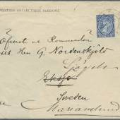 """Los 3008AAntarktis Swedish South Polar Expedition 1901-1903: 1902, official Expedition envelope with EXPEDITION ANTARCTIQUE SUEDOISE imprint at top left, sent by Otto Nordenskjold to his father, franked with Falkland Islands 2½d. cancelled by 3 April 1902 cds to Ekso, Sweden and redirected, a partial strike of the oval Expedition cachet S. Y. """"ANTARCTIC"""" / SWEDISH / EXPEDITION on the reverse Zuschlag: 6.200,- Euro, Ausruf: 1.500,- Euro"""