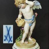 "SCHWABE, Heinrich. 1847 Wiesbaden - 1924 Nürnberg, ""Amor mit Korb"". Mindestpreis:1.500 EUR"