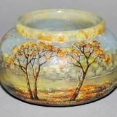 Monogrammist BS, feine Cameo-Vase mit Herbstlandschaft, Daum, Nancy um 1905 Jugendstil-Glasvase, Schätzpreis:2.000 - 2.500 EUR
