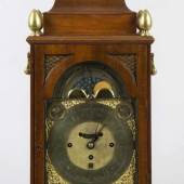 Bracket Clock Mahagonigehäuse. Vorder-und rückseitig Glastüre.  Aufrufpreis:3.500 EUR