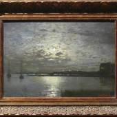 """Douzette, Louis (1834 Tribsees - 1924 Barth/Ostsee) """"Vollmondnacht an Ostseeküste""""; Fischerboote und erleuchtete Häuser, Mindestpreis:2.000 EUR"""