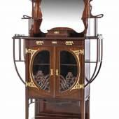 Salon-Vitrine, Jugendstil, Frankreich um 1900, Mahagoni massiv und furniert, leicht ausgestellte Beine Mindestpreis:2.600 EUR