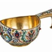 Großer Prunk-Cloisonné-Email-Kowsch Moskau, Fedor Rückert, 1896-1908 Silber, vergoldet.  Schätzpreis:15.000 - 20.000 EUR