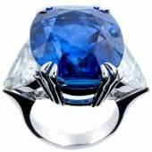 Großer Burmasaphir-Diamantring Ringweite: 54/55. Gewicht: ca. 21.4 g. WG 750. Schätzpreis:150.000 - 250.000 EUR