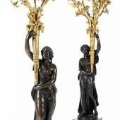 Paar grosse figürlich gestaltete Vestibülkandelaber Höhe: je 140 cm. Sockelseitenlänge: 30 cm  Schätzpreis:60.000 - 80.000 EUR