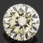Loser natürlicher Brillant Circa 4,55 kt, IF/Yellow. IGI-Diamant-Report von 1993 vorhanden. Aufrufpreis:28.000 EUR