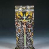 Los 165 Bedeutender Reichsadlerhumpen mit Kruzifix, Schätzpreis:5.000 - 8.000 EUR Zuschlagspreis:38.000 EUR