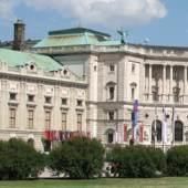 Hofburg aussenansicht (c) artantique-hofburg.at