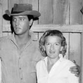 Mit Elvis 1960 (c) James Forsher Estate