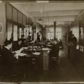 Atelier J. Hamann, Kontor Kalender Rosenberg, 1911, Silbergelatineabzug, 24,4 x 30,2 cm, © Staatsarchiv Hamburg