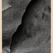 Toshio Shibata, Sandstructure I, 1978, Silbergelatineabzug, 24,2 x 19,2 cm, © Toshio Shibata