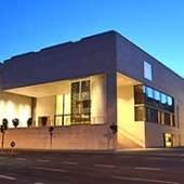 Das Museum Georg Schäfer zur blauen Stunde (c) museumgeorgschaefer.de