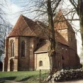 Die Dorfkirche in Lübow * Foto: Deutsche Stiftung Denkmalschutz/Linden