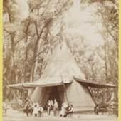 Nordamerikanischer Wigwam bei der Weltausstellung, 1873 Copyright: Wien Museum