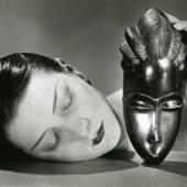 Man Ray (1890–1976) Schwarz und Weiß, 1926 (Abzug 1993 von Pierre Gassmann) Silbergelatine-Abzug, 24,8 x 35,3 cm Städel Museum, Frankfurt am Main Foto: Städel Museum – ARTOTHEK © VG Bild-Kunst, Bonn 2014