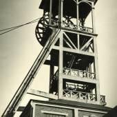 Werner Mantz (1901-1983) - Förderturm – Im Auftrag der Staatsmijnen Heerlen/Niederlande, 1937