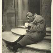 Trude Geiringer Obdachloser, Prag 1936 Vintage silver print Wien Museum