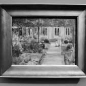 """Ausstellungsansicht """"Deutscher Expressionismus"""" Max Lieberrmann Der Eingang zum Landhaus mit Enkeltochter und Kindfrau, 1919.  2019 (c) findART.cc Foto frei von Rechten."""