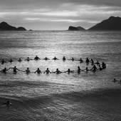 Olaf Heine, Paddle Out, Recreio dos Bandeirantes, 2013, © Olaf Heine + Courtesy IMMAGIS Gallery