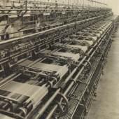 Los 1110 Renger-Patzsch, Albert 1897 Würzburg - 1966 Wamel Cottonmaschine zur Herstellung von Damenstrümpfen (Schubert + Salzer).