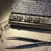 Poesie wie nie, Handsatz mit Bleilettern, Foto Klaus Raasch