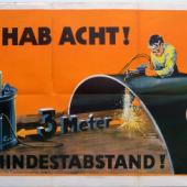 Köves. Hab  Acht!  3  Meter  Mindestabstand!  Berlin,   Reichsarbeitsverwaltung   +   Reichs-druckerei, 1927.€ 180,– Antiquariat Hohmann