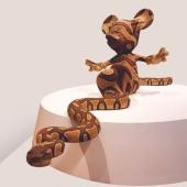 BANKSY Mickey Snake 2015 Fibreglass, polyester resin, acrylic 72x82x262 cm Brentwood (UK), Brandler Galleries, BGi/30