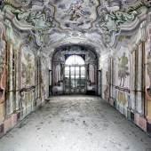 l mondo che non vedo 53 by Fabiano Parisi. Photograph. The Cynthia Corbett Gallery.