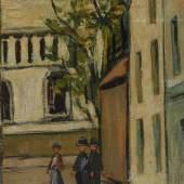 """Kat.Nr. 4469, Limit: 120.000 €, Utrillo, Maurice: """"Le Sacré Coeur, Rue à Montmartre"""". Öl/Leinwand, rechts unten signiert mit Zusatz """"V"""", auf Rahmenschild bezeichnet/betitelt, verso auf Keilrahmen und Rahmen bezeichnet/datiert: ca. 1914-1918, sowie Verweise auf Sammlungen Paul Reinhardt Gallery N.Y.C. und Joseph Brummer Gallery N.Y.C. sowie Gutachten von Erik M. von Buelow aus dem Jahr 1976 mit einer Datierung in die """"Weiße Periode"""" 1908-1914 und Hinweis auf André Velmar Collection. 3 Personen auf der sonst leeren Straße mit einigen belebenden Farben an den sonst weißen Fassaden der Straße mit Blick zu den hohen Kuppeln der Kirche. Minimale Altersspuren. 64,5 x 50 cm, beige/goldener Stuckrahmen 87 x 73 cm. Th/B. 34/12: Maler/Grafiker in Paris (1883 ebd.-1955 Dax). Das """"V"""" hinter seiner Signatur weist auf seine Mutter, die Malerin Suzanne Valadon. ABB.B 369"""