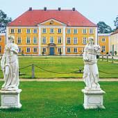 Kunst & Antiquitäten auf Schloss Wotersen